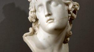 Una scultura di Antonio Canova presente nella mostra a lui dedicata